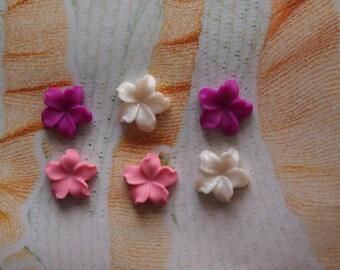 Lot of 6 clay flatback TINY flowers