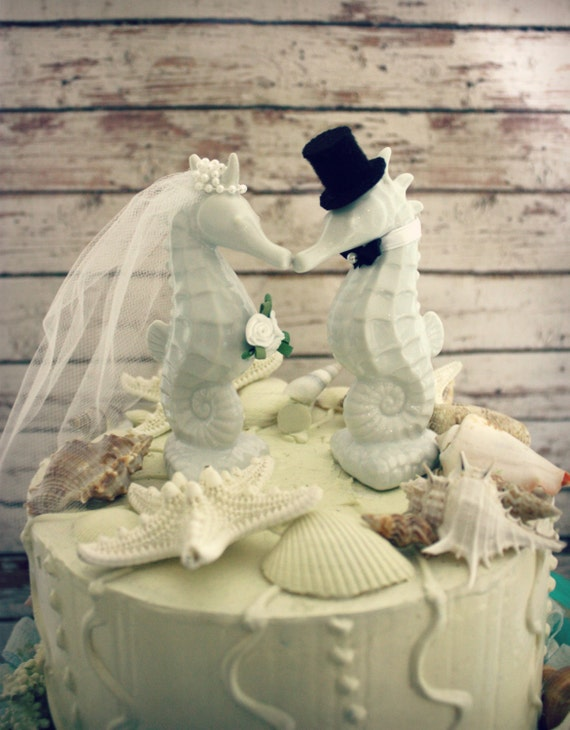 beach themed wedding cake toppers seahorse wedding cake topper seahorse 1555