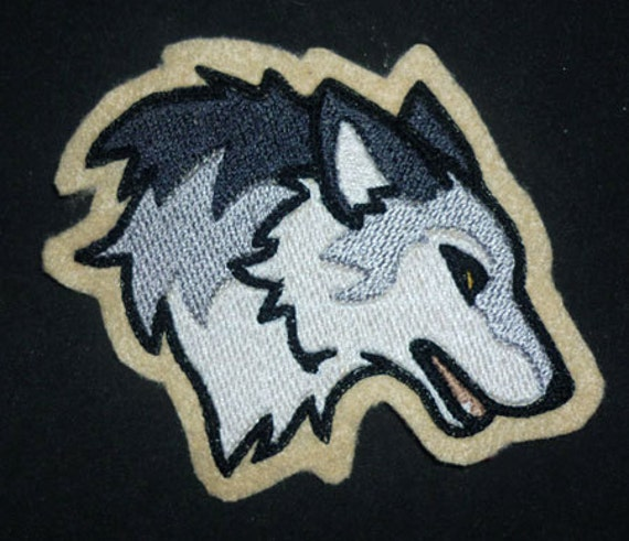 Wolf head -  Embroidered sew-on patch