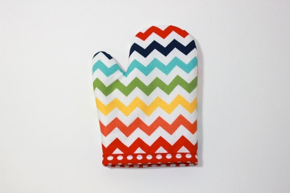 Play oven mitt for kids boys girls RAINBOW CHEVRON retro modern cool gift