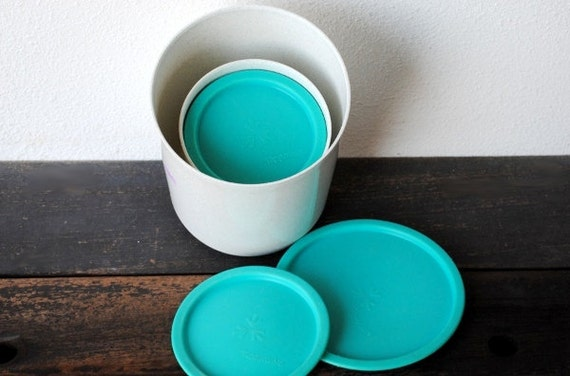 Tupperware Canister Set Retro Aqua Amp White Nesting Kitchen