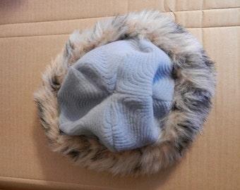 Textured fleece Hat with Faux Fur Trim