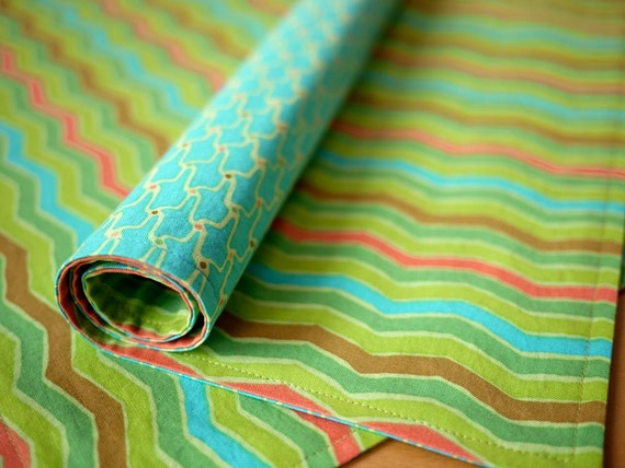 Green Zig Zag Reversible Cotton Placemats - Set of 4 - Housewarming Gift, Wedding Gift