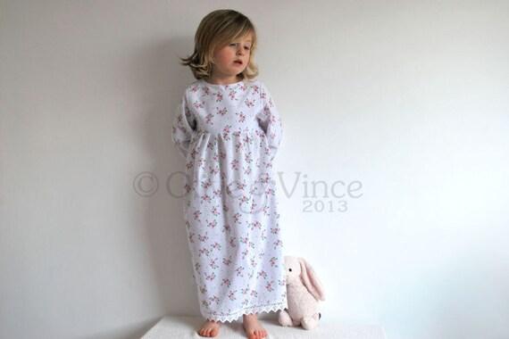 Girls nightie nightdress reduced last one vintage spring summer childs