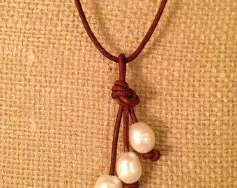 Waterfall pearl and leather necklace