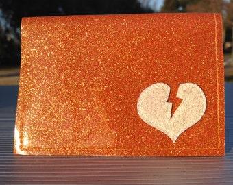 glitter Vinyl Billfold Wallet With Lightning Bolt Heart