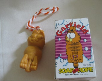 Vintage 1981 Garfield Soap on a Rope