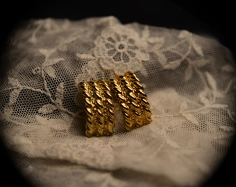 80s Vintage Gold Plated Clip Earrings
