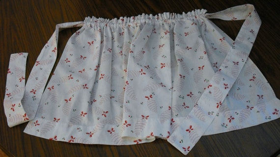 Reserve listing for HannahViolet Only APRON 4H Project from 1950s Busy Bee CHILDS HANDMADE Half Apron