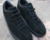 Vintage 80s Tretorn TX100 Tennis shoes Black Suede Men size 8.5 Wom 10 Unworn