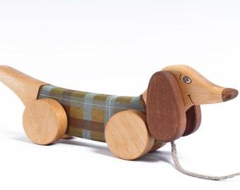 Pull chien, chien jouet en bois pour enfant, Pull chien, les tout-petits bois jouet, jouet en bois, jouets à tirer en bois, teckel en bois