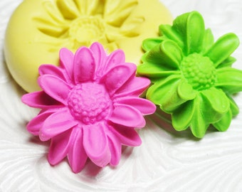 Blooming Daisy Mold Flower Cabochon Mold Flower Flexible Silicone Rubber Push Mold for Resin Wax Fondant Polymer Clay Ice