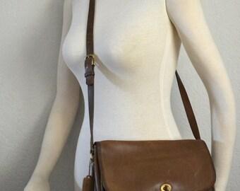 Vintage COACH NYC City Bag in British Tan 9790