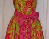 Womens PLUS SIZE Pink and Lime Green Apron