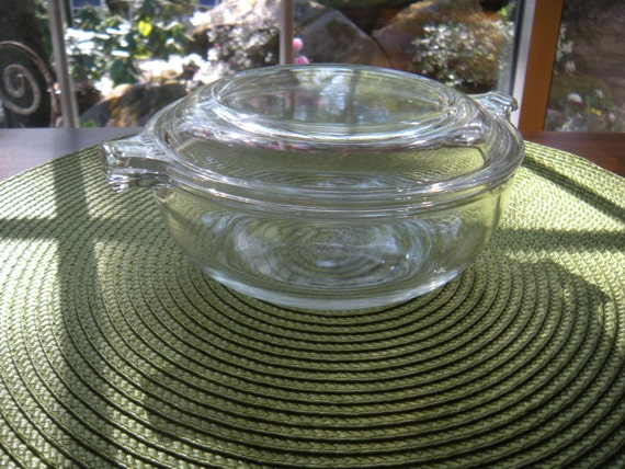Vintage Pyrex Clear Glass 20 Oz Covered Casserole