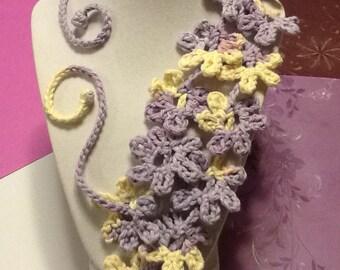 Daisy Spring Swirl Handmade Crochet Necklace
