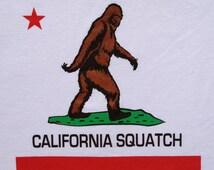 CALIFORNIA SQUATCH CAL Republic Finding Bigfoot Sasquatch T-Shirt