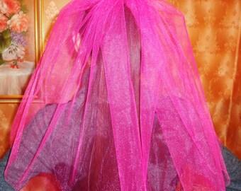 Bachelorette party Veil 1-tier hot pink , short length. Bridal shower veil, bachelorette veil, hen party veil, bride to be veil, idea, gift