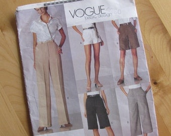 Uncut Vogue Sewing Pattern 2532 - Misses Petite Shorts and Pants  -  Size 12-16