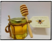 "60 qty mini honey favors with personalized tag and 4"" honey dipper"