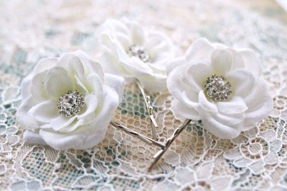 RESERVED - Bridal Hair Flowers Small WHITE Roses with Rhinestones (set of 3) Bobby Pins Wedding Hair Accessories Garden Wedding