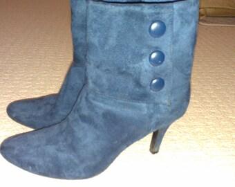 SALE Vintage Blue Heeled Zip Up Boots 6 (2 for 15 dollars deal)
