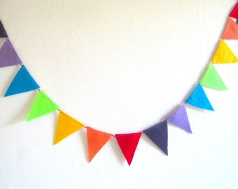 Rainbow felt garland, rainbow party felt bunting banner, geometric Party Decoration, Children's Room Decor, Photo Prop