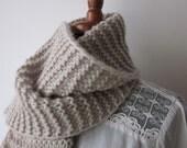 Hand knitting Beautiful gray scarf