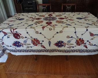 NEW - Tablecloth with classical Turkish/Ottoman design -  large rectangle- CREAM background
