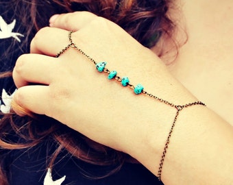 turquoise nugget slave bracelet, turquoise hand chain, turquoise jewelry, turquoise accessory, unique bracelet, vintage style bracelet