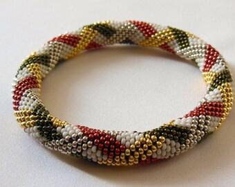 Bead Crochet Bangle: Basketweave