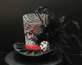 Black, White and Red Mad Hatter Mini Top Hat.  Great for Birthday Parties, Photo Prop, Girls Night Out, Steampunk and Much More...