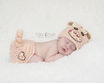 Newborn Pig Hat & Tushy Cover Set - Photo Prop - Newborn - Barnyard Cutie