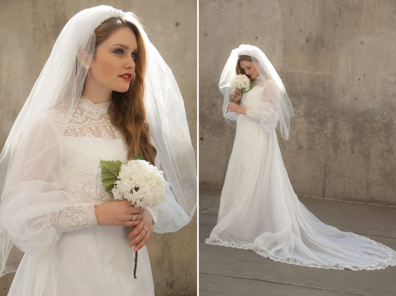 RESERVED FOR SACHIYO Vintage 1960s Wedding Dress Veil Train