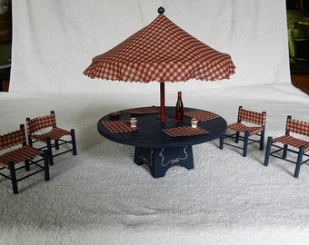 Dollhouse Dining Set // Miniature Dollhouse Outdoor Patio Table and Chair Set // 1:12 Scale // Outdoor Patio and Garden