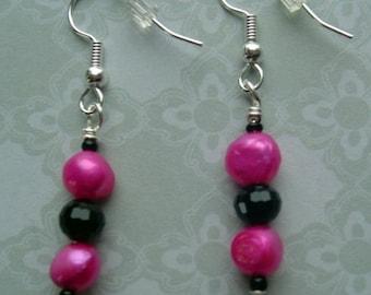 Fresh water Pearl & Glass Beaded Pierced Earrings