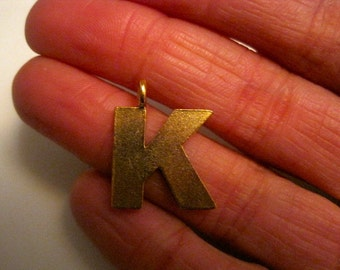 1 ANTIQUE GOLD K INITIAL Pendant/Charm