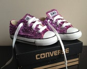 Childrens low-top sequined converse