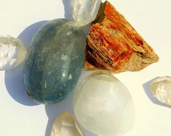 Angel's Song: Celestite, Selenite and Petrified Wood Good Vibrations Crystal Therapy Kit