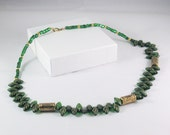 Beaded Necklace in Green and Gold