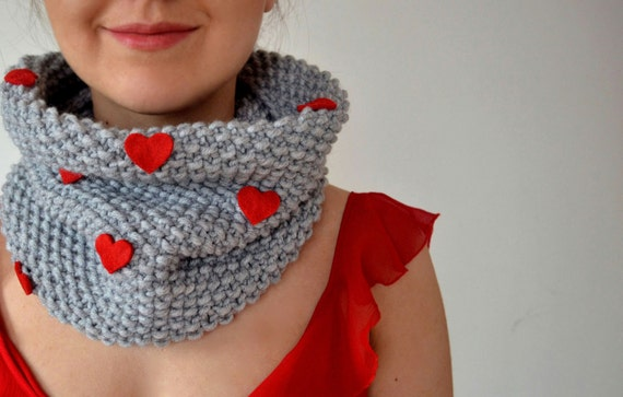 Valentine's Day Knitted Scarf With Felt Hearts