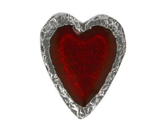 Danforth Crimson Heart 5/8 inch ( 16 mm ) Pewter Metal Shank Button