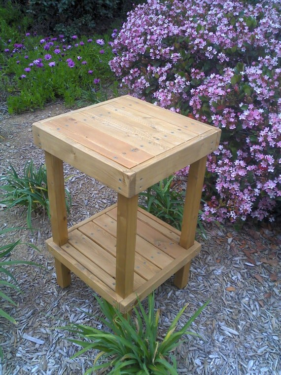 DIY - PLANS to make - Wooden Plant Stand - Indoor/Outdoor Furniture