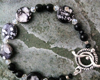 Shell Bracelet black handmade beadwork swarovski crystals black glass antique silver toggle