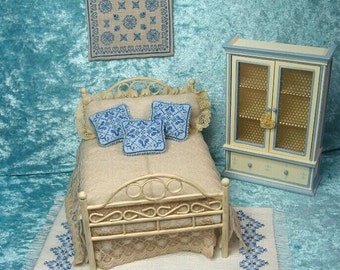 Cross stitch tapestry style shabby, victorian or romantic, hanger wall cross stitch tapesstry miniature,  - Dollhouses Miniature scale 1:12
