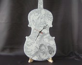 Violin clock, Vintage Style Wooden Hanging  Clock, Home Wall Decor,Wall Clock, White Silver, Kissing angels