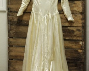 Vintage 1930 - 1940 Lord and Taylor Wedding gown