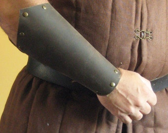 Medieval Celtic Viking Armor Long Leather Bracers Pointed