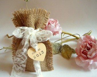 50 Burlap Bags, Rustic favor bags with personalised heart tags, Rustic eco friendly bags