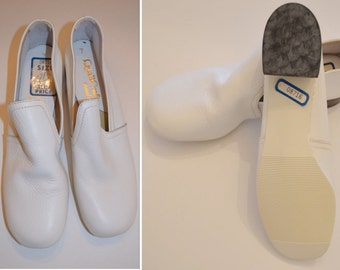 Pure White Leather Women's Shoes Size 7, BRAND NEW QualiCraft Vintage Ladies' Chunky Heels NOS